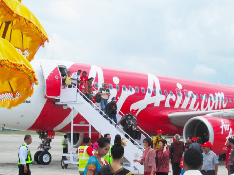 Berharap Air Asia Bisa Angkut Wisatawan dari Malaysia
