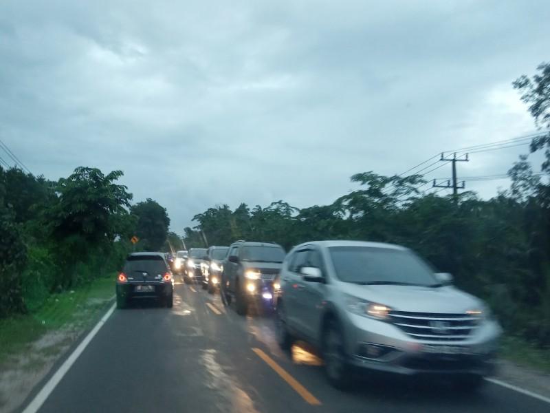 Libur Tahun Baru Diwarnai Kemacetan Panjang
