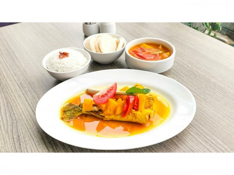 Novotel Bangka Perkenalkan Lempah Kuning di Food Culinary Journey