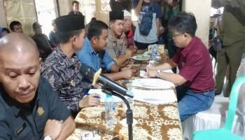 Berikan waktu 3 Bulan, Masyarakat Kenanga Tuntut PT. BAA Tangani Bau Limbah