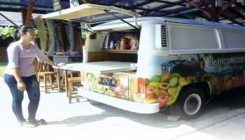 Combitiam Cafe Perpaduan antara  Kuliner,Seni dan Pemandangan laut