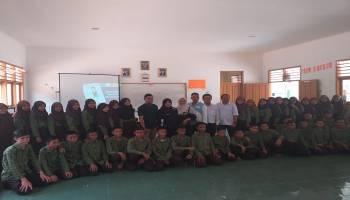 Dinas Kominfo Bersama Relawan TIK  Kembali Lakukan Literasi Digital Kalangan Remaja