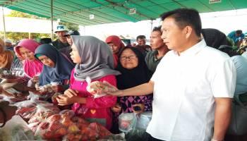 Dinas Pangan Bateng Gelar Bazar Murah di Desa Namang