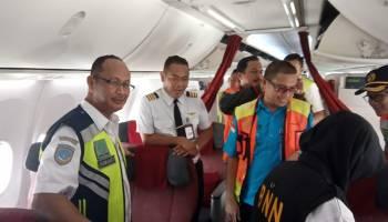 Dishub dan BNN Babel Lakukan Tes Urine Pilot Langsung di Dalam Pesawat