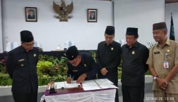 DPRD Bangka Mengesahkan APBD P Tahun 2019 dan PPAS APBD tahun 2020