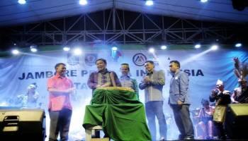 H Justiar Noer Tutup Jambore Pemuda Indonesia di Basel