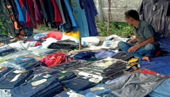 Jelang Lebaran Lapak Jeans Obral Ramaikan Pangkalpinang