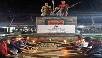 Jurnalis Sepintu Sedulang Gelar Malam Renungan Suci di Gedung Juang