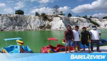 Masuk Musim Penghujan, Kunjungan Wisatawan ke Danau Kaolin Turun 50 Persen