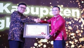 Pemkab Bangka Terima Penghargaan Top 30 Pengelolaan Pengaduan Pelayanan Publik 2019 dari Kemenpan RB RI