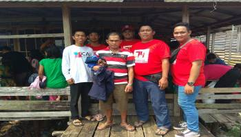 Sahabat JCA dan PMI Basel Berbagi Pakaian Layak Pakai di Dusun Serdang