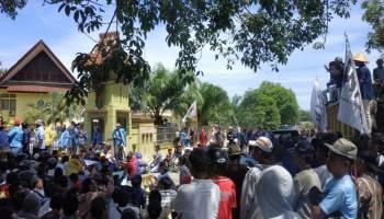 Soal RZWP3K, DPRD Babel di Demo Ratusan Nelayan.
