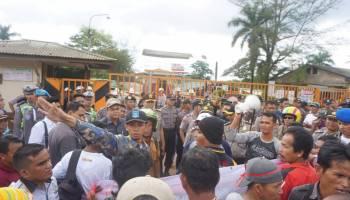 Tidak Ada Jawaban dari Pihak Perusahaan, Massa Ancam Demo Lebih Besar